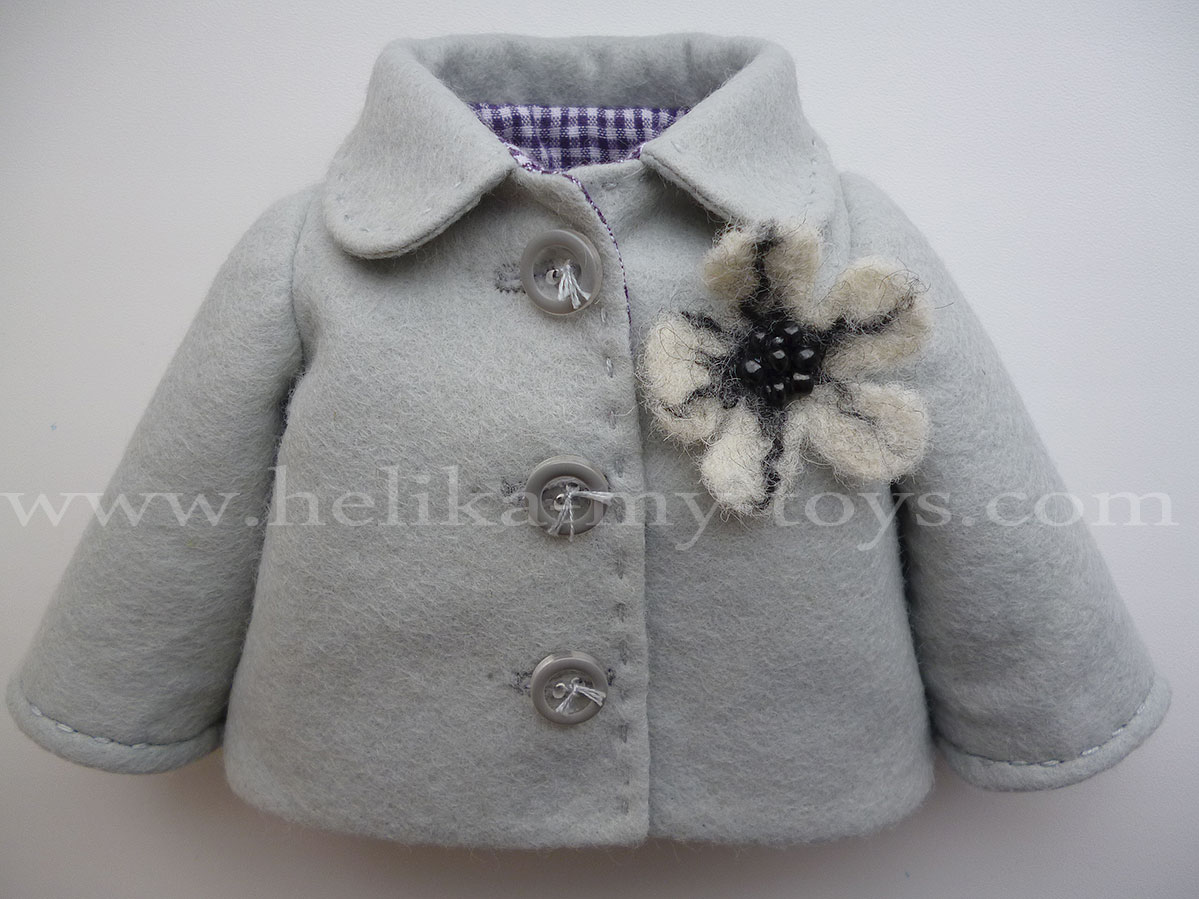 Хочу предложить мой мастер -класс пальто с втачными рукавами для куклы  ростом 34-35 см. и саму выкройку. b3751c087b1