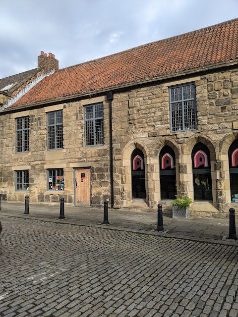 15+ Ideas for a Child-Free Day Out in Newcastle  - blackfriars tour