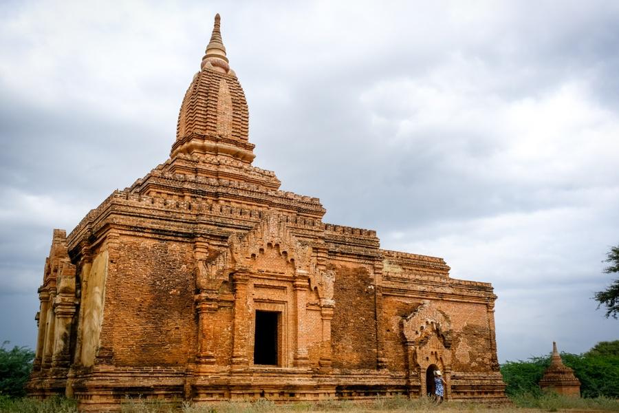 Храм Инь-ма-на-хпая в баган, мьянма