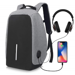 Antitheft backpack-Cool Gadgets For Students 2020
