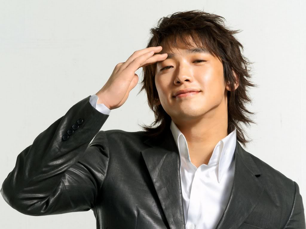 Sexy Korean Hairstyles For Guys 2013
