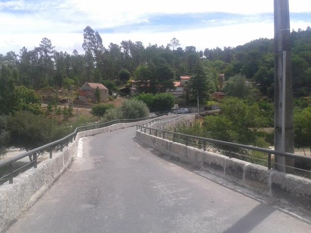 Ponte Romana em Ferreirós do Dão