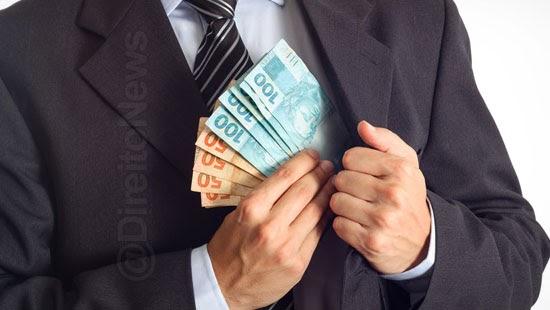 advogado preso acusado apropriar dinheiro clientes