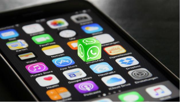 3 شركات حاولت استخدام تطبيق WhatsApp لمساعدة العملاء