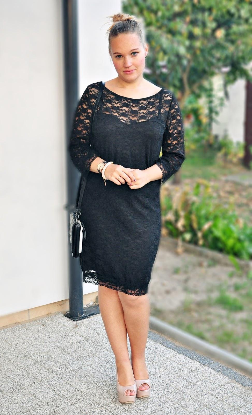 styl_czarne_sukienki_koronka