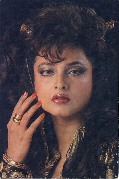 Rekha Insaaf Ki Devi-4420