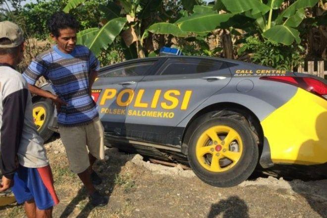 Mobil Patroli Polisi Tabrakan dengan Motor di Bone, 1 Orang Dilarikan Ke Rumah Sakit