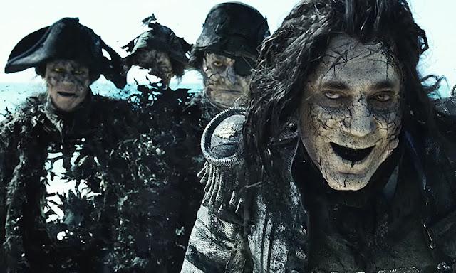 Armando Salazar (Javier Bardem) dans Pirates des Caraïbes : La vengeance de Salazar