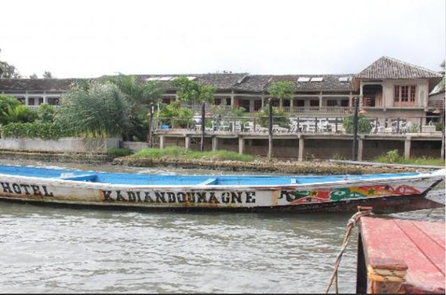 Hôtel, casamance-, piscine, bar, buffet, plat, cuisine, fleuve, kadiandou, LEUKSENEGAL, Dakar-Sénégal, Afrique