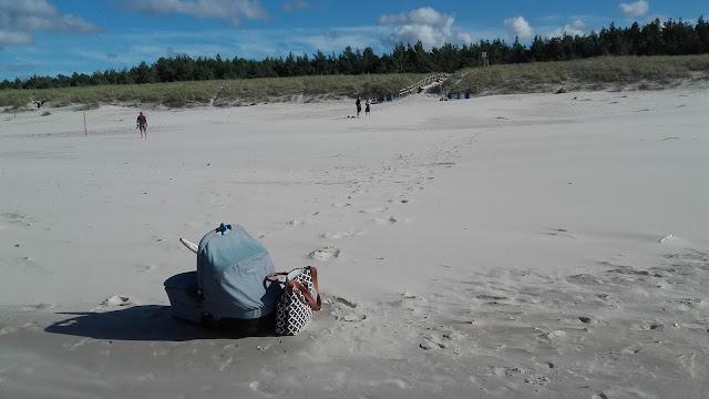 Pusta plaża w Białogórze,