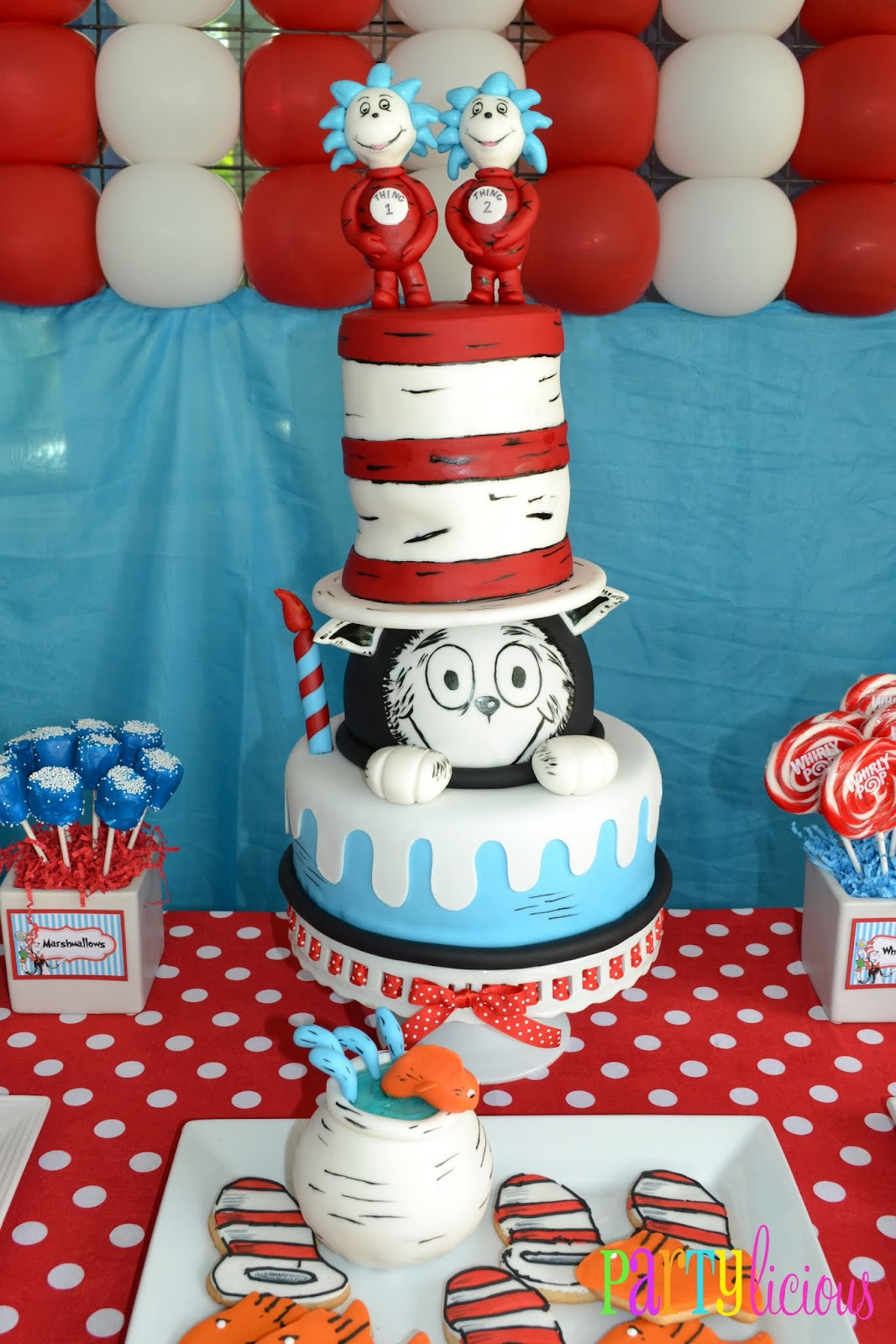 Cat In The Hat Birthday Decoration Ideas