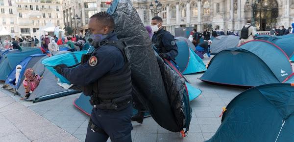 La grande folie migratoire, une spécificité bien française