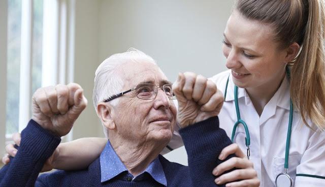 4 Terapi Stroke di Rumah yang Bisa Membantu Meningkatkan Kualitas Hidup Pasca Serangan Stroke