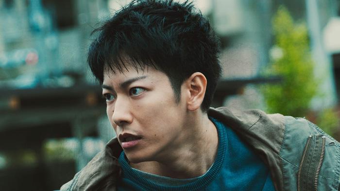In The Wake / To Those Who Were Not Protected (Mamorarenakatta Monotachi e) film - Takahisa Zeze