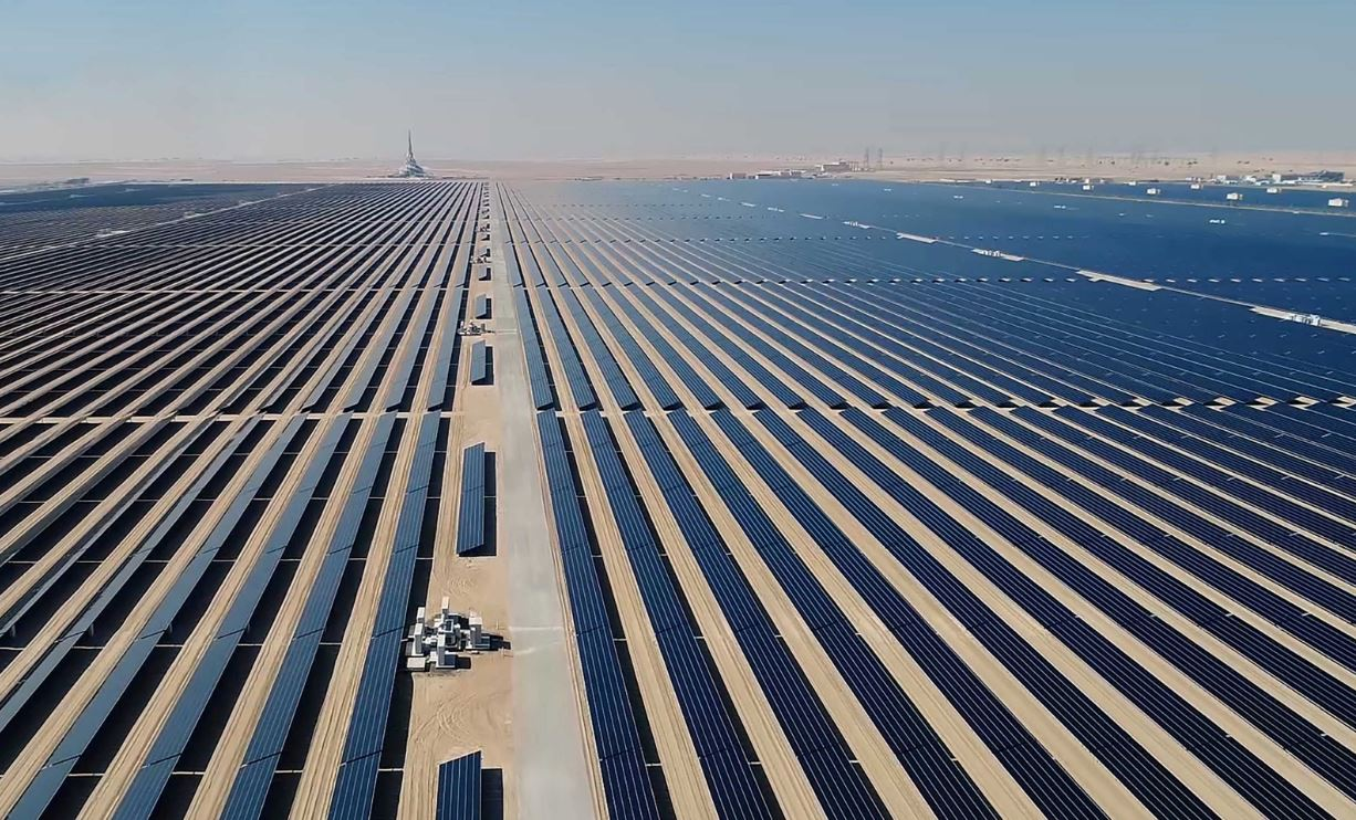 """""""ديوا"""" تفوز بجائزة أفضل صفقة للطاقة المتجددة في الشرق الأوسط وإفريقيا لعام 2020"""