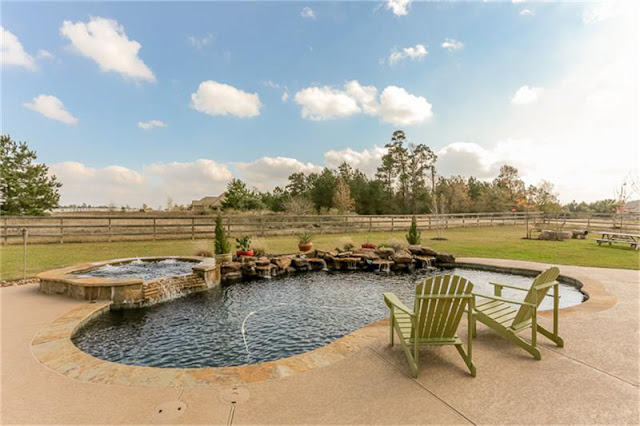 Lagoon Pool-House Hunting-Texas Hill Country House- From My Front Porch To Yours