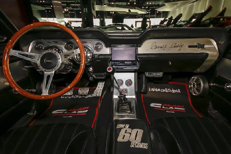 Ford Mustang Shelby GT500 lịch sử có giá rẻ bất ngờ