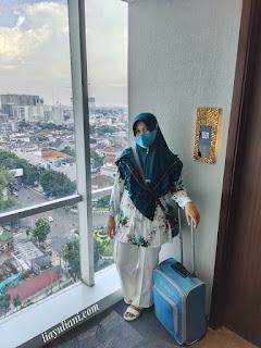 Kamar hotel dengan city view