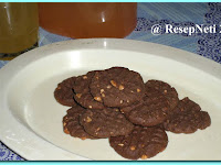 Resep Biskuit Coklat Kacang ( Peanut Chocolate Biscuit Recipe )