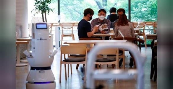 Demi Social Distancing Caffe di Korsel ini Terapkan Barista Robot