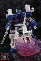 Transformers Kingdom Ultra Magnus 25