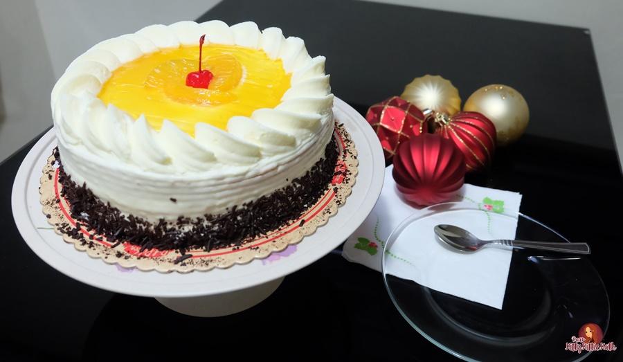 Mango Supreme Cake