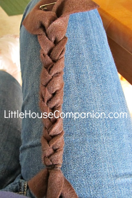 How to Make Felt Braids