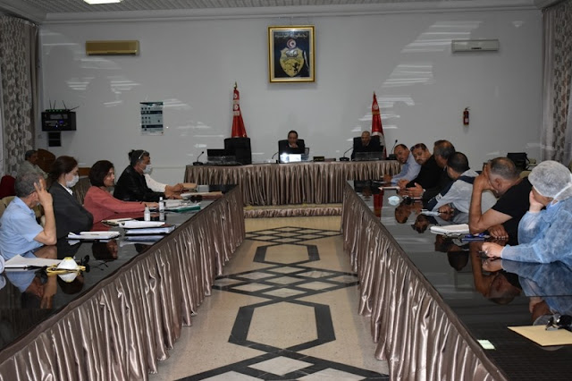 المهدية : جلسة عمل تقييمية للخدمات المقدمة بمراكز الحجر الصحي الإجباري