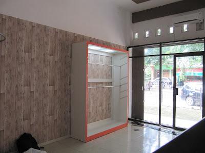 Etalase Display Toko Baju Muslim + Furniture Semarang