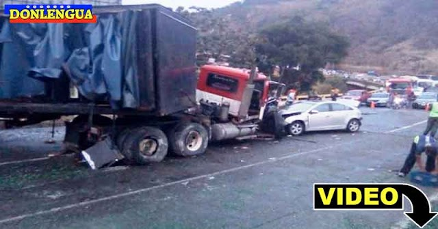 Tras grave accidente en Tazón saquearon un camión de cervezas