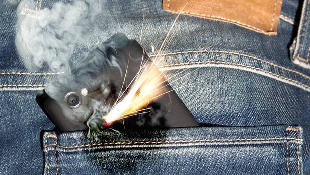 baterai-lithium-ion-nantinya-akan-dilengkapi-smartchip-pemadam-api