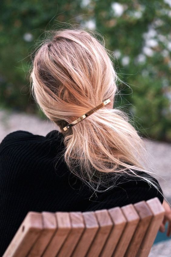 Hair Must-Have: The Gold Barrette
