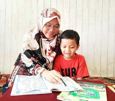 belajar membaca di rumah bersama anak