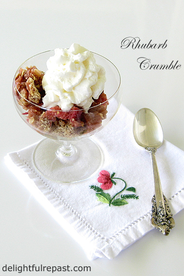 Rhubarb Crumble - A British Classic / www.delightfulrepast.com