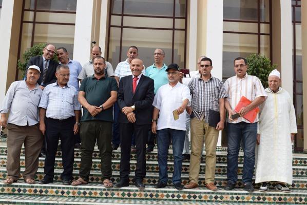 الأعضاء 15 بالمجلس الإقليمي بتارودانت يعقدون ندوة صحفية