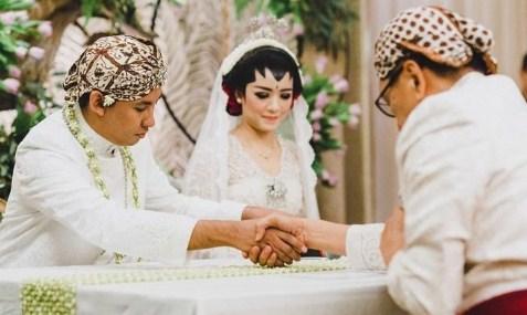 8 Arti Mimpi Akad Nikah Menurut Primbon Jawa Terlengkap