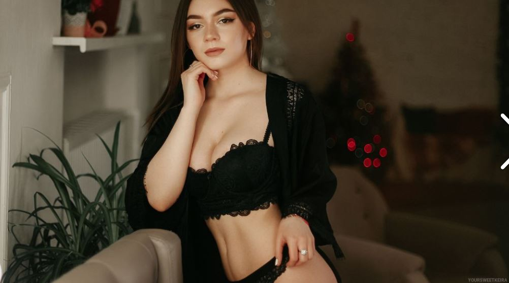 KeiraCross Model GlamourCams