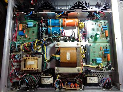 Fonte Estabilizada Tectrol modelo TC-30-01 B5