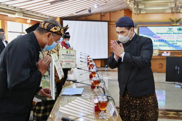 Lima Duta Ponpes 2020 Terima Bantuan Pemprov Jateng