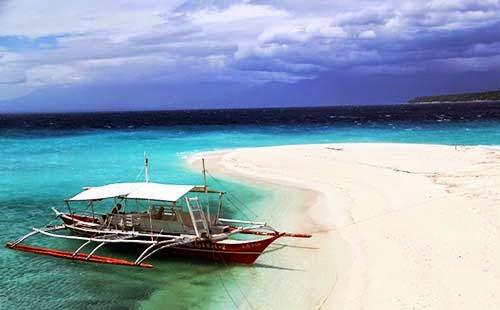 Visayas Beach in Philippines
