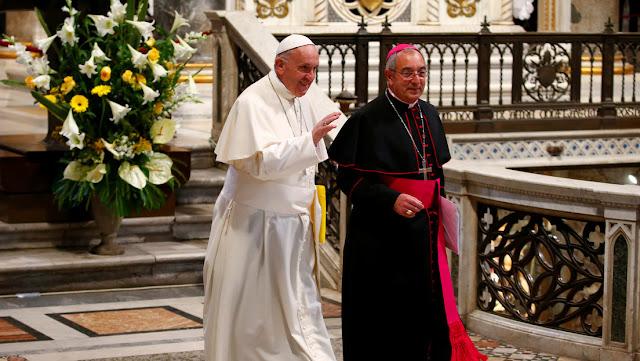 Un cardenal cercano al papa Francisco da positivo por coronavirus
