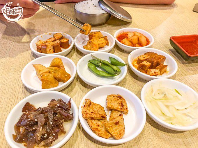 10種小菜無限吃到飽,平價韓式料理這裡吃-韓咪達韓式料理