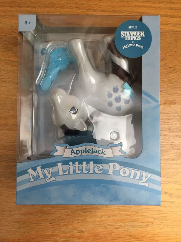 My Little Pony Retro Collection Stranger Things Edition APPLEJACK Brand New
