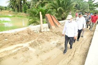 Bupati Batu Bara Tinjau Infrastruktur Pembangunan Jalan Dan Jembatan