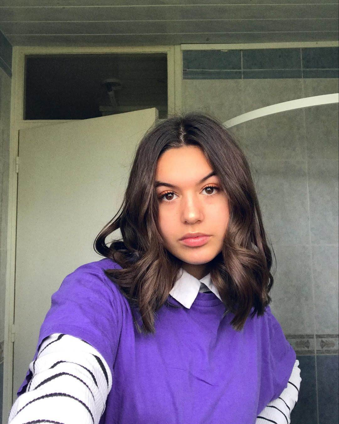 Eva Desenne 12