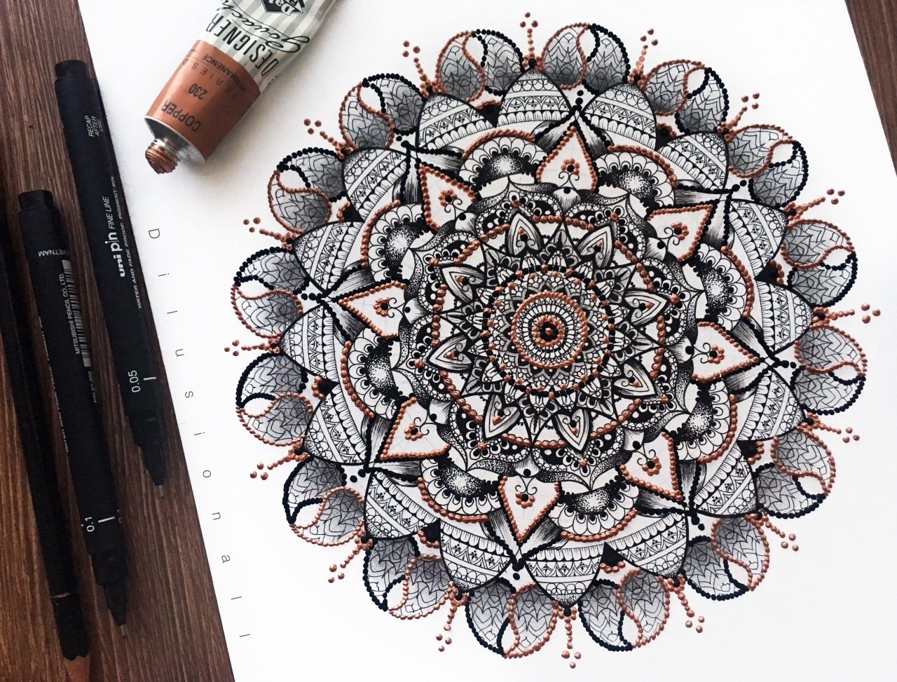 11-Mandala-Dilrani-Kauris-Symmetry-and-Style-in-Mandala-and-Mehndi-Drawings-www-designstack-co