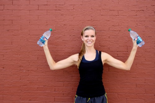 using-water-bottles-as-weights