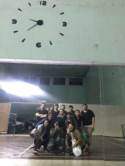 GIF+ Badminton
