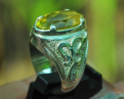 batu citrine