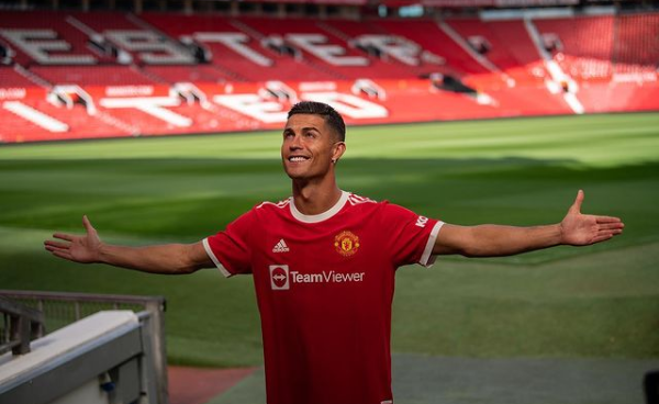 Ronaldo resumes full training ahead of his second debut for Man United